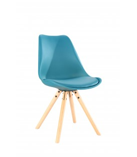 SCANDINAVIAN OCEAN CHAIR WITH WOOD LEGS