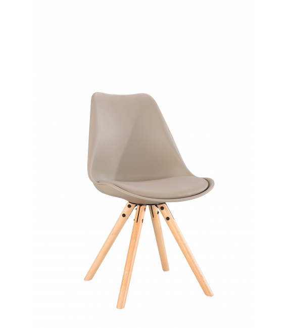 SCANDINAVIAN BEIGE CHAIR WITH WOOD LEGS